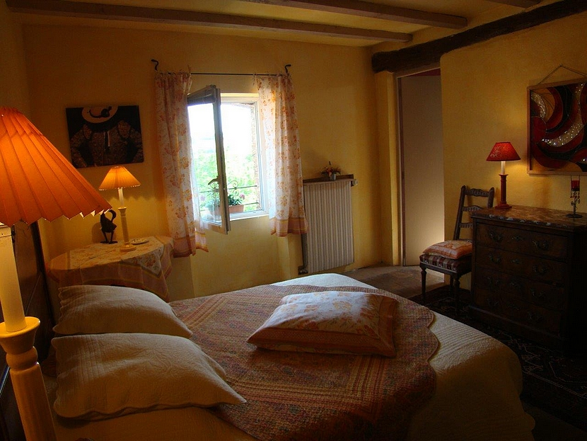 Chez la sommeliere wine b and b for Prix chambre chateau vallery